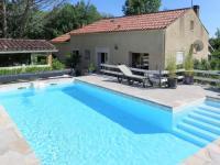 gite Pradines Ferienhaus mit Pool Lamagdelaine 400S