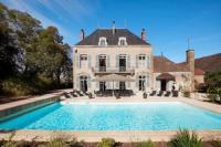 gite Mervans Lans Chateau Sleeps 14 Pool Air Con WiFi