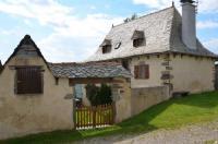 gite Junhac Maison tout confort calme vallée du Lot proche de Conques en Aveyron