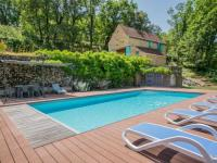 Location de vacances Boulogne Billancourt Beautiful Mansion with Private Pool in Lavercantiere