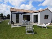 gite Mareuil sur Lay Dissais House Avec trois chambres et son jardin, maison moderne pour les vacances en famille proche de la plage.