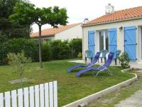gite Saint Hilaire de Riez Une sympathique maison de vacances aux volets bleus