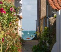 gite L'Épine maison familiale rénovée à 20 m de la mer