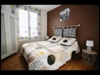 gite Lourouer Saint Laurent charmante maison lumineuse et confortable