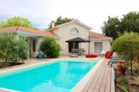 gite Andernos les Bains Plaisant villa with pool, close to the beach