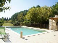 gite Maillane Cozy Holiday Home in Le Thor with a Private Pool