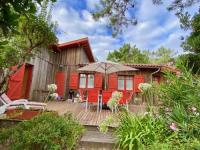 gite Le Temple Welcoming house in Cap Ferret close to the beach, Garden, Terrace, Wifi and TV