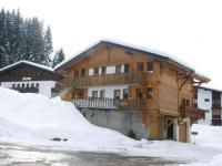 gite Samoëns Spacious Holiday Home in Les Gets near Ski Area