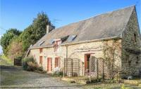 gite Isigny le Buat Three-Bedroom Holiday Home in Les Loges Marchis
