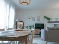 gite Saint Julien des Landes House Maison 3 chambres avec jardin clos sur la chaume