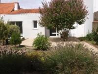 gite Longeville sur Mer Rental Villa Beau Jardin