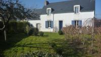 gite Plogastel Saint Germain Charmante maison sur grand jardin clos.