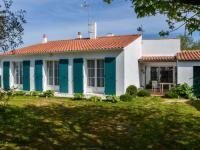 gite Curzon Spacious Holiday Home near Sea in Loix