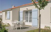 gite Le Tablier Three-Bedroom Holiday Home in Longeville sur Mer