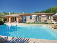 gite Grimaud Six-Bedroom Holiday Home in Lorgues