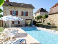 gite Saint Julien Maumont Ferienhaus mit Pool Loubressac 100S