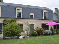 gite Englesqueville la Percée Luxury Holiday Home in Magny-en-Bessin with Garden