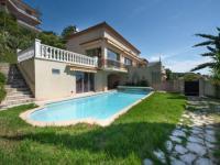 gite Saint Paul en Forêt Les Termes Villa Sleeps 8 Pool Air Con