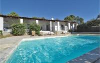 gite Conca Three-Bedroom Holiday Home in Ste lucie de p.vecchio