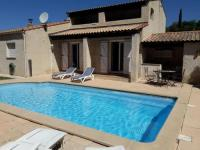 gite Marseille 7e Arrondissement jolie villa avec piscine