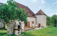 gite Joncy Four-Bedroom Holiday Home in Mary