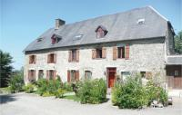 gite Roncey Awesome home in Maupertuis w WiFi, 3 Bedrooms and Outdoor swimming pool