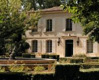 gite Arles Maussane-les-Alpilles Chateau Sleeps 16 with Pool Air Con and WiFi