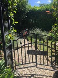 gite Vitry lès Cluny Le jardin de THELEME