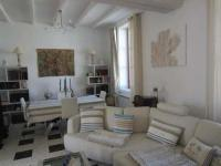 Location de vacances Lyon House Meschers s-gironde maison de ville proche plage et commerces
