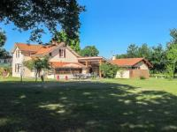 Holiday Home Campagne-Holiday-Home-Campagne