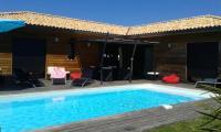gite Laluque VILLA avec piscine chauffée