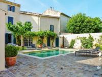 gite Arles Holiday home Avenue Montmajour