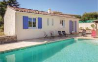 gite Agde Two-Bedroom Holiday Home in Montagnac