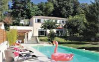 gite Charols Six-Bedroom Holiday Home in Montelimar