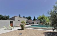 gite Saint Rémy de Provence Stunning home in Montfavet w Outdoor swimming pool and 3 Bedrooms