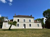 gite Aubry le Panthou Beautifully renovated mansion in rural location, with 4 bathrooms