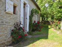gite Saint Denis lès Martel House Le petit mas de montvalent