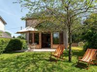 gite Vouzeron Quaint Holiday home in Morogues with Garden