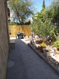 gite Aigues Mortes T2 meublé 47 m² sur 500 m² de terrain