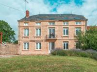 Authentic Farmer's Cottage in Nouart-La-Petite-Villa