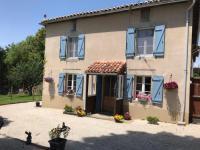 gite Oradour sur Vayres 68 Le Mazaubert Holiday Home