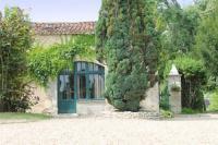 gite Nanteuil Auriac de Bourzac La Petite Grange, Manoir de Longeveau