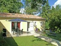 gite La Garde Adhémar Cozy Holiday Home with Swimming Pool near Lake in Piolenc