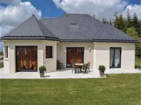 gite Quintin Two-Bedroom Holiday Home in Ploumagoar