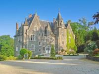 gite Derval Poubreuil Chateau Sleeps 35 Pool