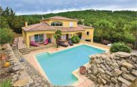 gite Charols Awesome home in Puy Saint Martin w Outdoor swimming pool, WiFi and Outdoor swimming pool