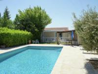 Charming Holiday Home in Robion with Barbecue-Holiday-home-Clementine-2