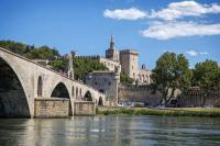 gite Châteaurenard Avignon Appart Hôtel contemporain au calme avec vue
