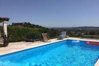 gite Paradou Rochefort-du-Gard Villa Sleeps 6 Pool