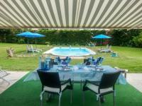 gite Maubec Holiday Home Paradis en Provence